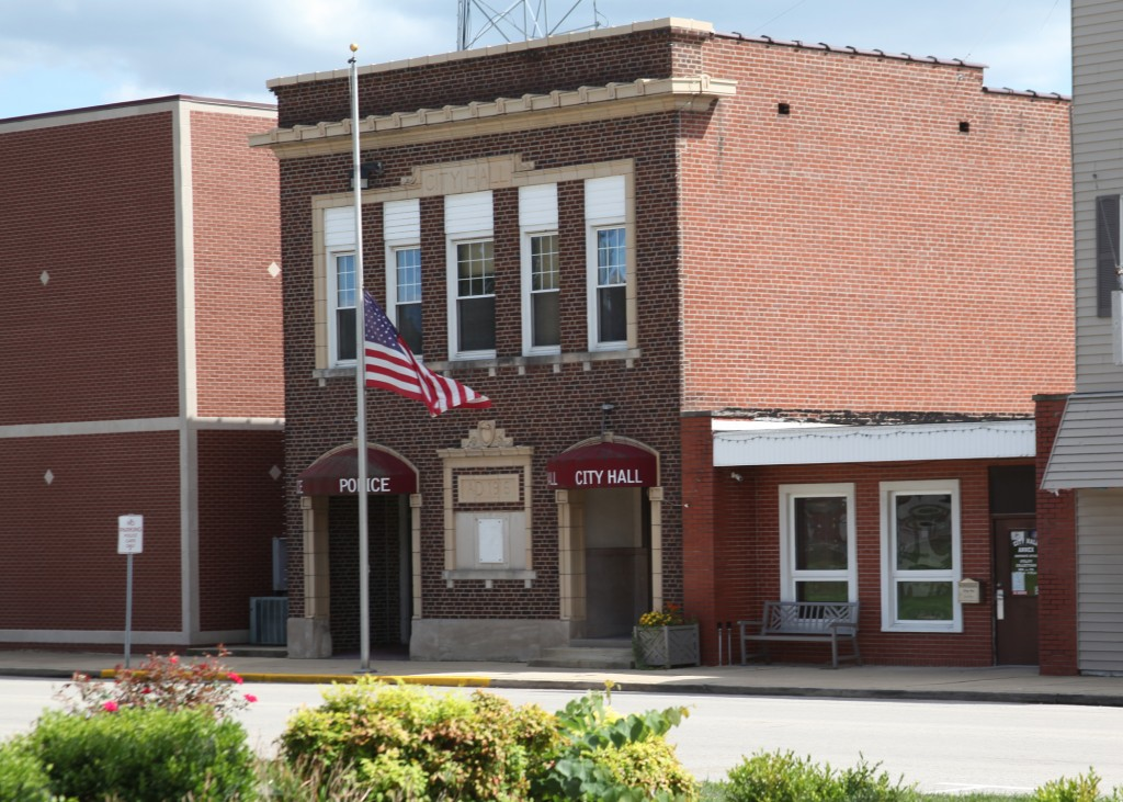 City Hall – The City of Carlyle, Illinois | Carlyle Lake