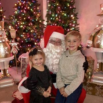 <strong>Visit with Santa</strong>