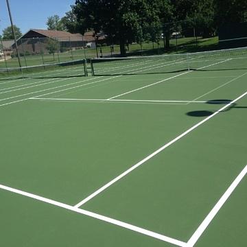<b>Tennis Courts / Pickleball</b>