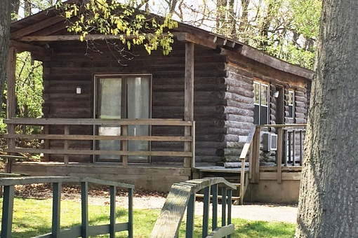 Cabins & Cottages – The City of Carlyle, Illinois | Carlyle